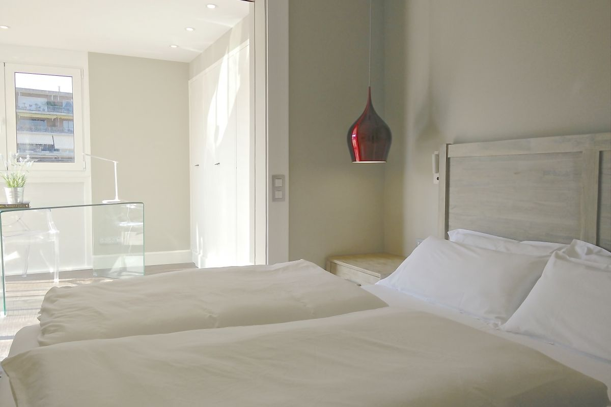 this short term rental in Barcelona has three double bedrooms