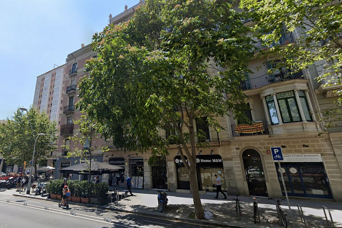 our Noname apartment has an unbeatable central location in Barcelona left of the Eixample area