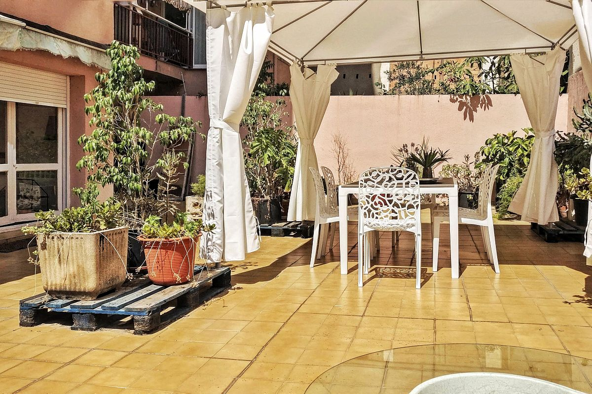 amazing Terrace in this three bedrooms property near El Born Barcelona