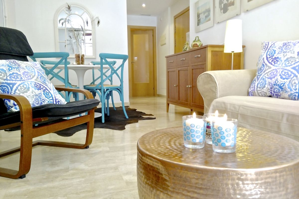marble flooring in all the apartment define the character of our Neo apartment that offers a comfortable air from the moment you walk in