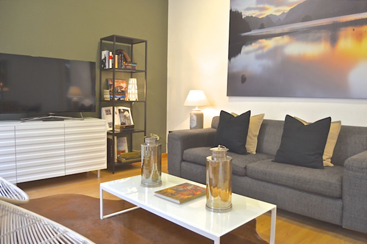 living area of the KissMe apartment for rent in Barcelona Eixample
