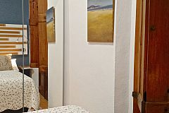 original oil paintings outstand in this lovely Macca apartment in Barri Gotic Barcelona to rent for months