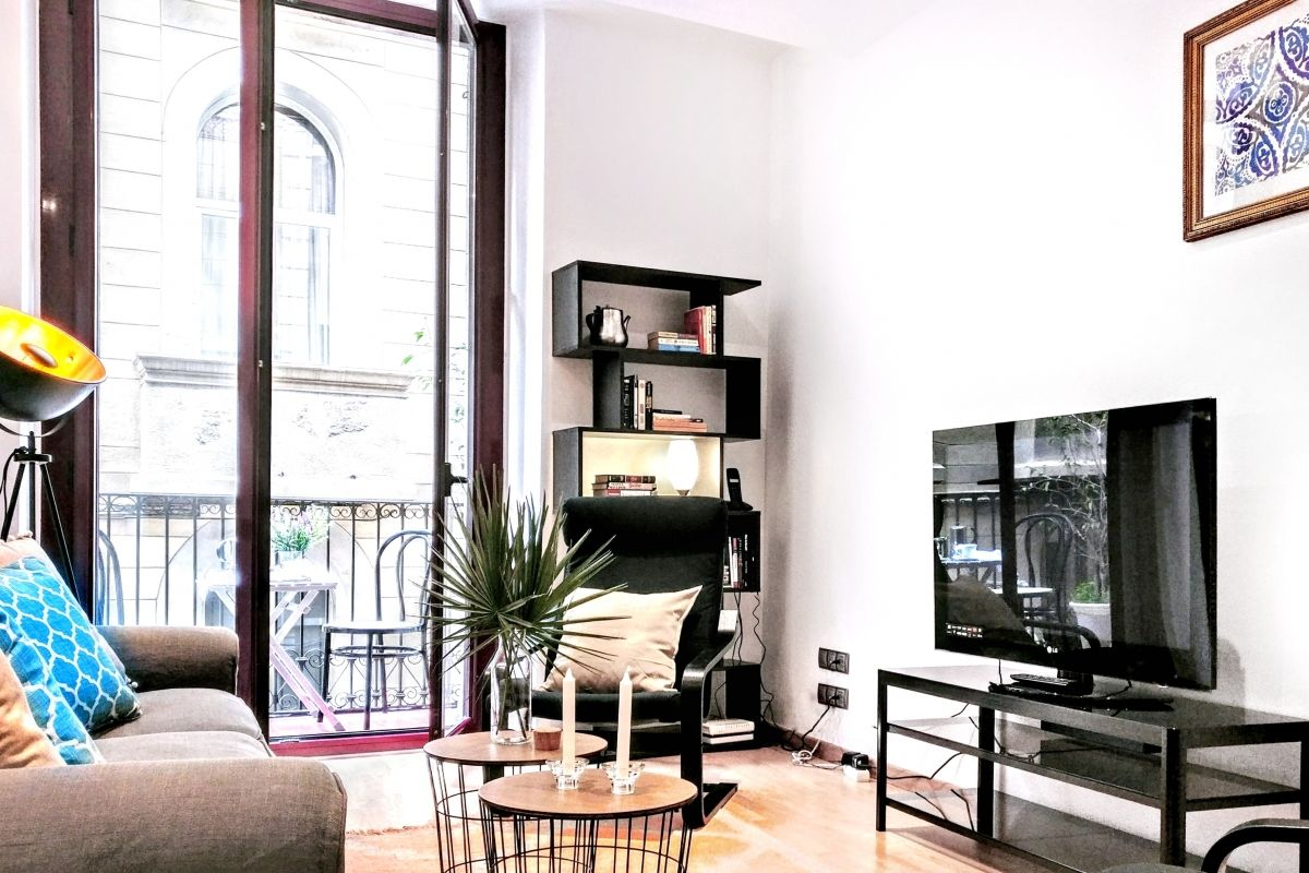 the Parsifal apartment rental short term in Barcelona is perfect to get your work done even away from home, the perfect option for digital nomads in Barcelona