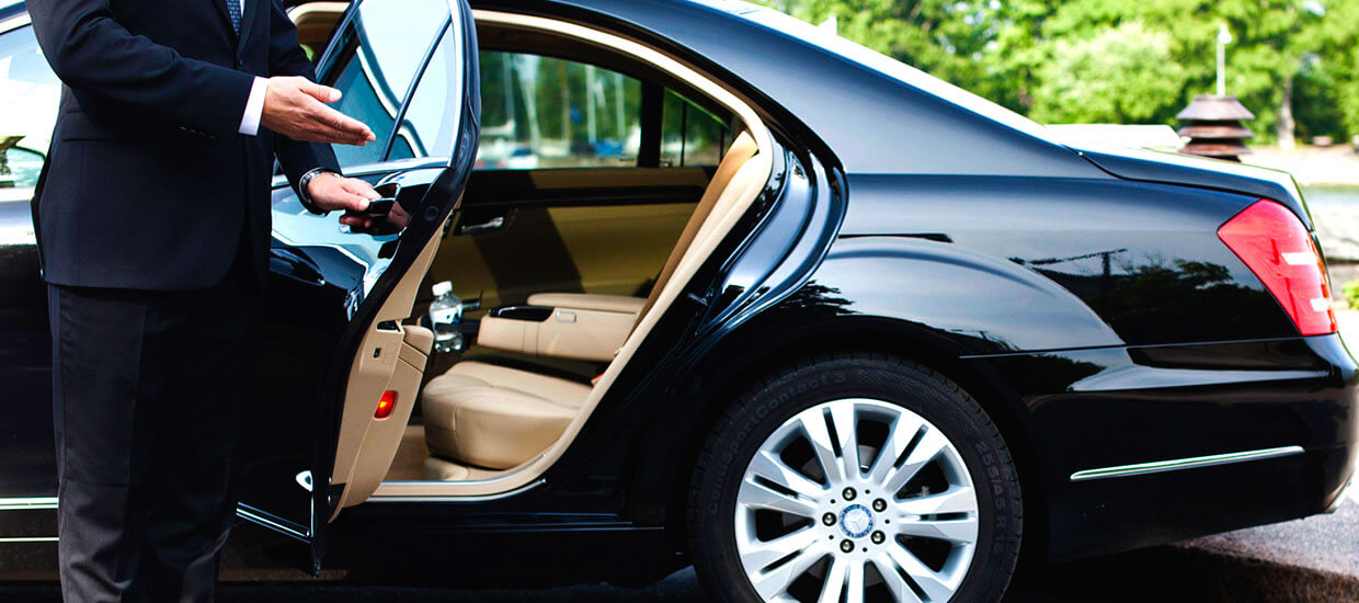 bizFlats VIP airport transfers services